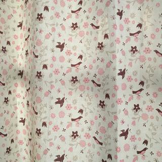 更にお値下げしました❣️2級遮光カーテンかわいい柄です‼︎