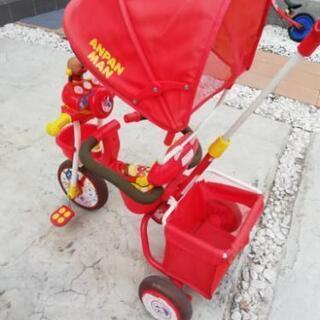 決まりました。アンパンマンの三輪車