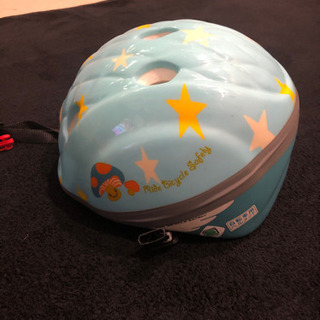 自転車用ヘルメットの画像