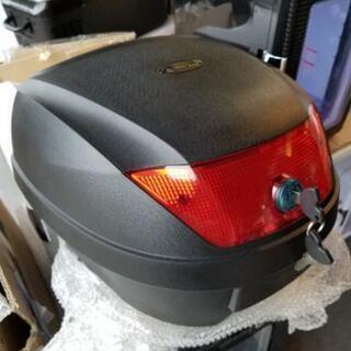 リアキャリアボックス スクーター バイク オートバイに