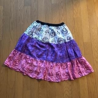 アジア雑貨店にて購入したスカート