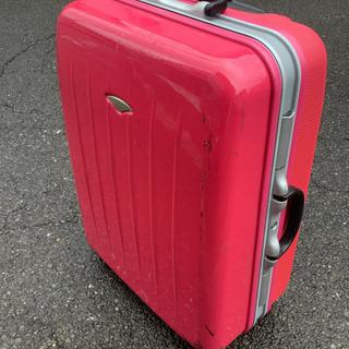 中古 escape's 難あり。スーツケース ピンク