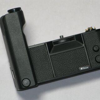美品 Nikon Motor Draive MD-4 を売ります...