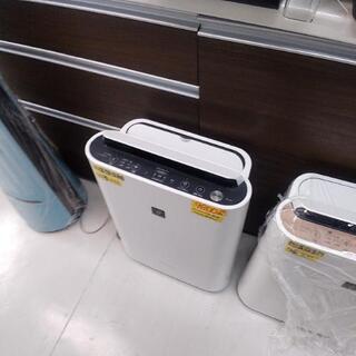 シャープ加湿空気清浄機8.5畳用2.5 L 9800円2019年...