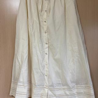 綿100%のスカート