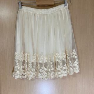 裾がお花のレースミニスカート