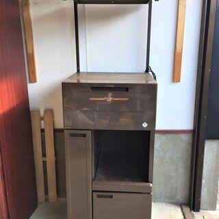 〇電子レンジ収納棚 キッチン家具  物置台 机 コンセント付き ...