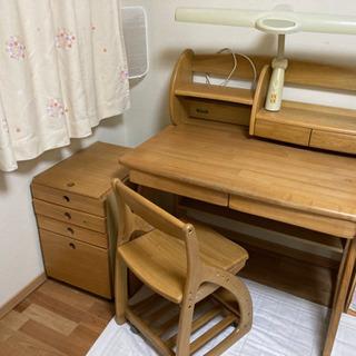 ⚠️4/11まで無料⚠️子供用学習机 ※キャビネット¥300、椅...