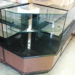 【取引中】ガラス コーナー棚