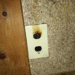 格安でスイッチ修理 コンセント修理 誠実良心的工事で名を売る電気...