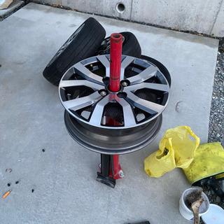 タイヤ組み換え!バランスは× − 岡山県