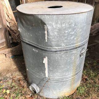 農業用?昭和レトロな大きなブリキ缶
