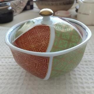 フタ付き小鉢(有田焼?)