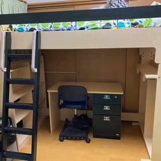 ベッド(マット付き)、学習机、椅子セット
