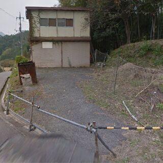 []綾ケ谷の作業所・事務所 一階が倉庫とかで二階が事務所で…