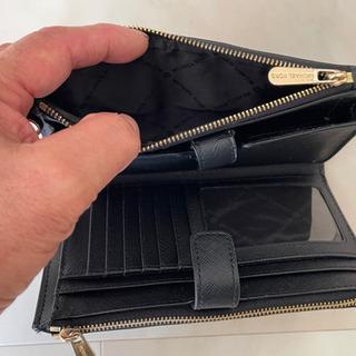 値下げしました⁉️MICHAEL KORS マイケルコース財布11000円→8000円 - 売ります・あげます