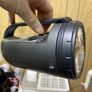懐中電灯 時計 ラジオ 一体物の画像