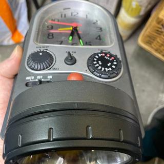懐中電灯 時計 ラジオ 一体物 − 大阪府