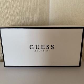 【ネット決済】GUESSの長財布です。値下げしました。
