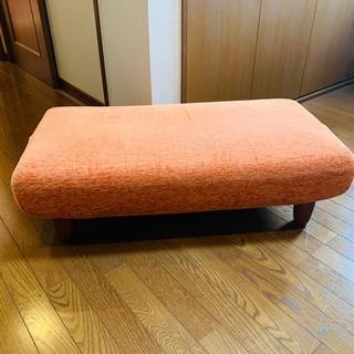 オットマン 布製 木脚 ソファー オレンジ の画像