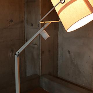 【ネット決済・配送可】DIESELの照明(新品)を70%OFFで...