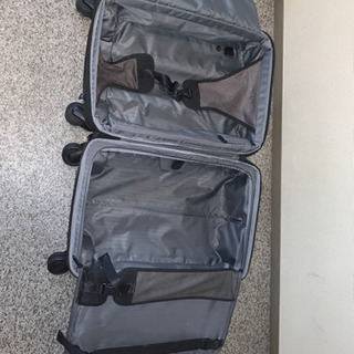 【ネット決済】TUMIのスーツケースーツ 2〜3泊出張用