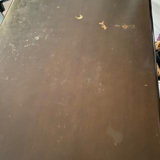 ダイニングテーブル、回転イス4脚