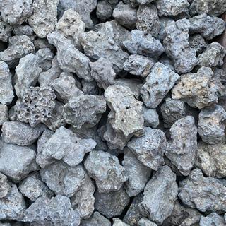 【ネット決済】(代理出品です!) 神鍋産 溶岩石 5から7センチ以上