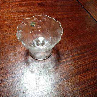ガラス製容器