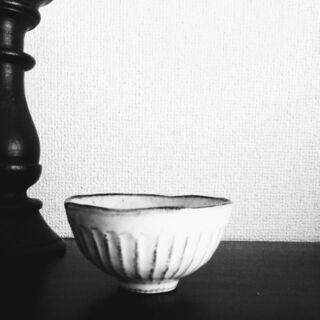 小ぶりな粉引しのぎ飯碗【大きさの異なる他の飯碗を重宝しており、こ...
