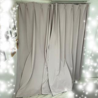 【ネット決済】【取引中】1級 遮光カーテン 幅100cm丈178...