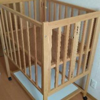 ベビーベッドミニサイズ木製(マットサイズ90×60)