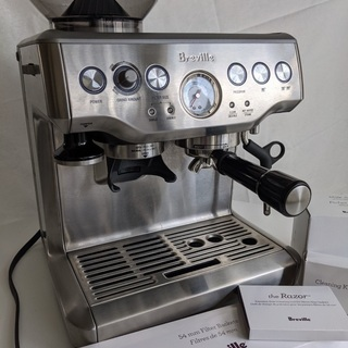 Breville BES870XL エスプレッソマシン