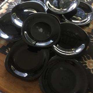 黒い皿 9枚 磁器 中古