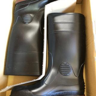 業界No.1のミドリ安全の安全長靴です。