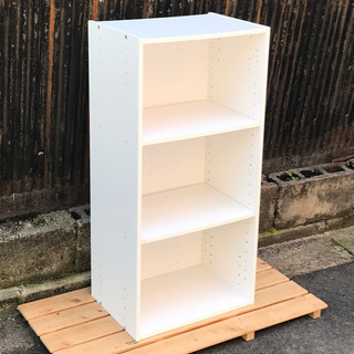 棚板の高さが変えられるカラーボックス  ホワイト