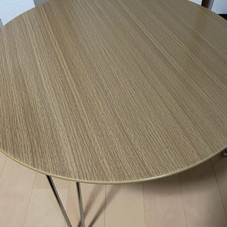 丸テーブル・木製(ほとんど新品)
