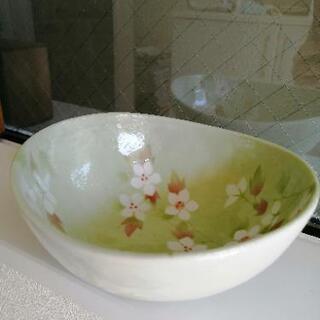 ✩.*˚新品✩.*˚美濃焼の素敵な小鉢