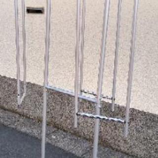 【あげます】ロータリーハンガー(回転式衣類吊し掛け収納)