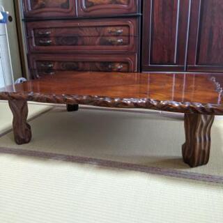 【ネット決済】天然木の一枚板のテーブル 卓袱台