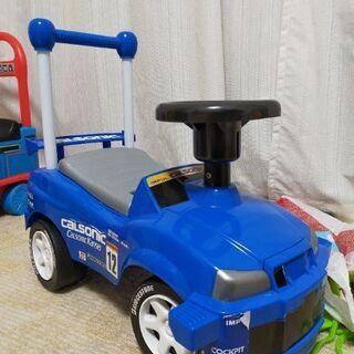 R34スカイラインGT-Rの乗用玩具を譲ります。
