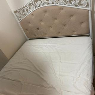 セミダブルベッドあげます