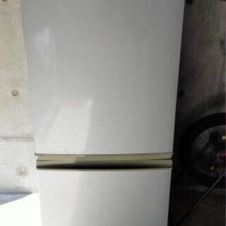 冷蔵庫2ドア135L
