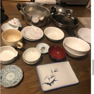 鍋フライパン食器こみで500円の画像