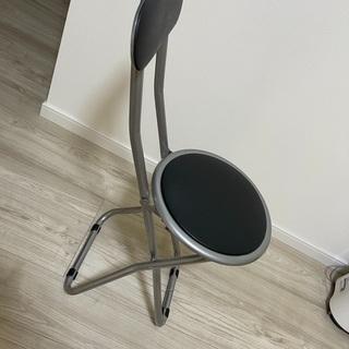 折り畳みパイプ 椅子 チェア無料で差し上げます
