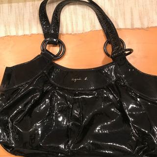 アニエスべーのバッグとポーチの画像