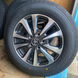 新車エスクァイア純正タイヤ4本セット