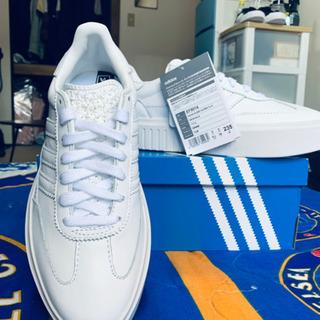 adidas 23,5cm 女性 4800円 - 靴/バッグ
