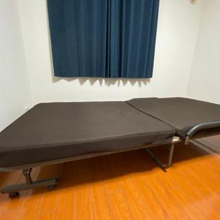 折りたたみ式シングルベッド