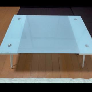 ガラステーブル(折りたたみ式)
